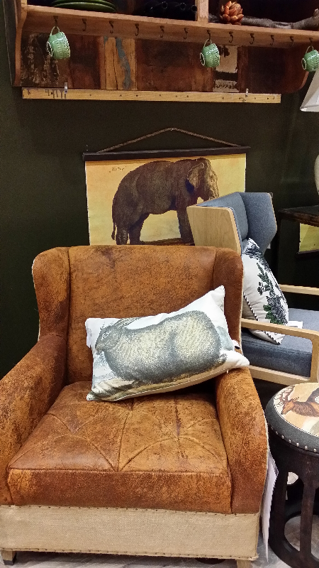A Comfortable Leather Chair To Curl Up In Gallery Furniture Houston Tx Chairs That Will