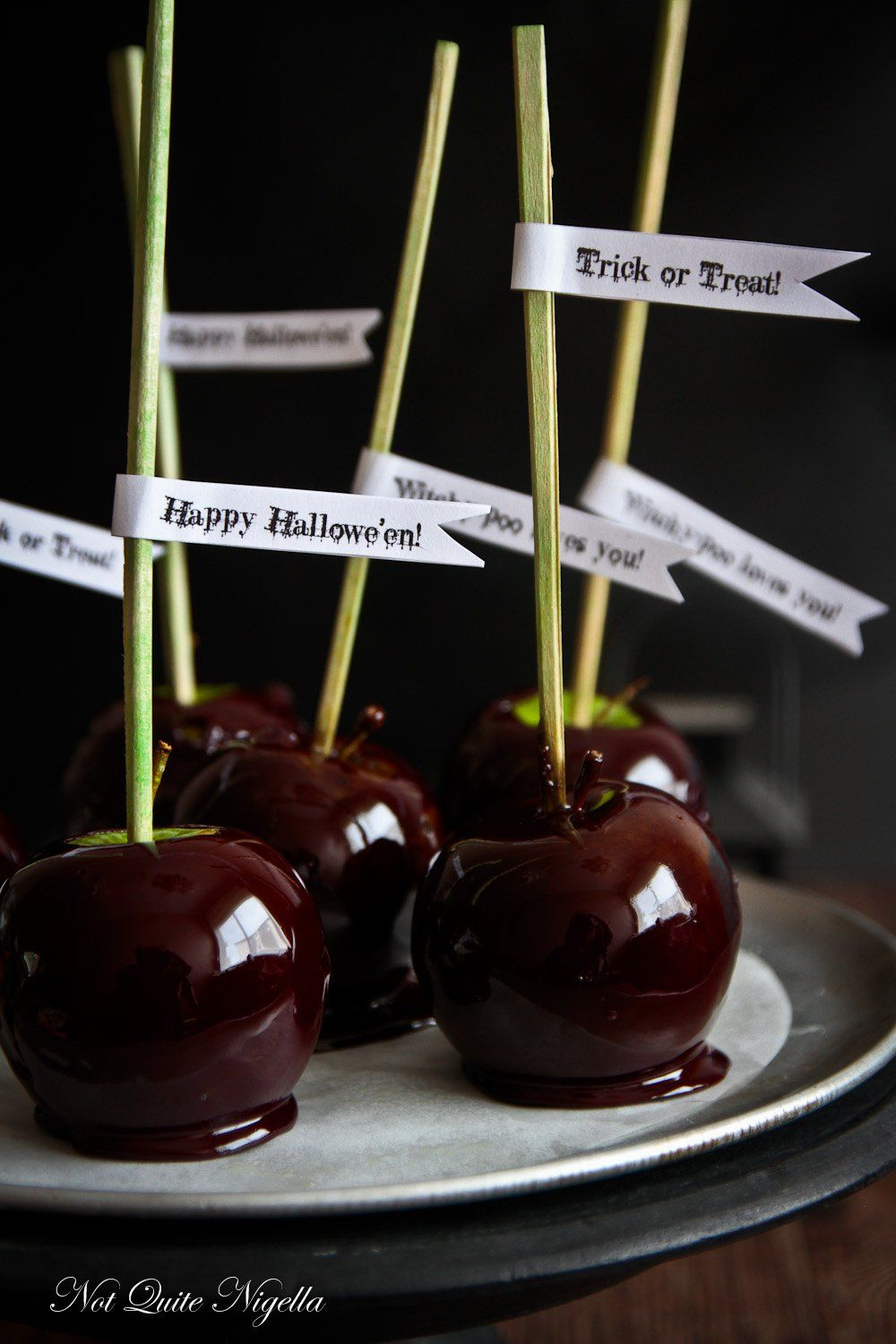 Snow White's Poisoned Candy Apples Recipe in 2020