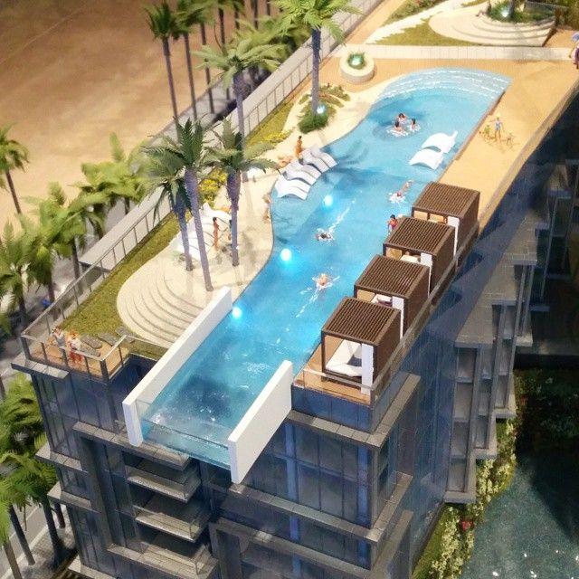 Infinity edge pool at anaha kakaakorealestate for Pool design honolulu