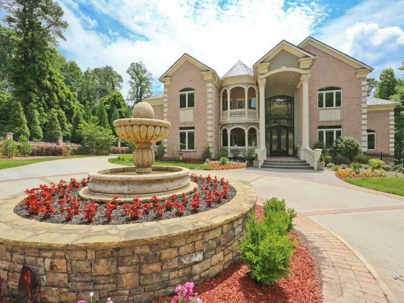 Check out the home I found in Sandy Springs Beautiful