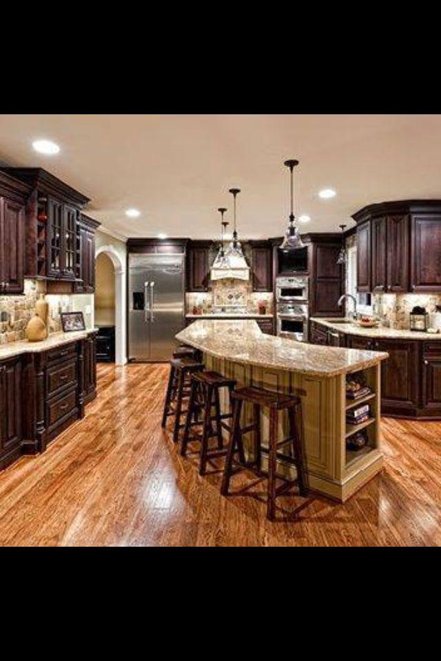 La Cocina:la cocina esta al lado de la sala.la refrigerador/el horno ...