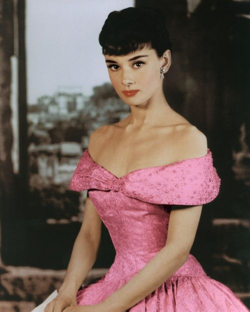 Hollywood stylist Edith Head: Lessons in old-school glamour ...