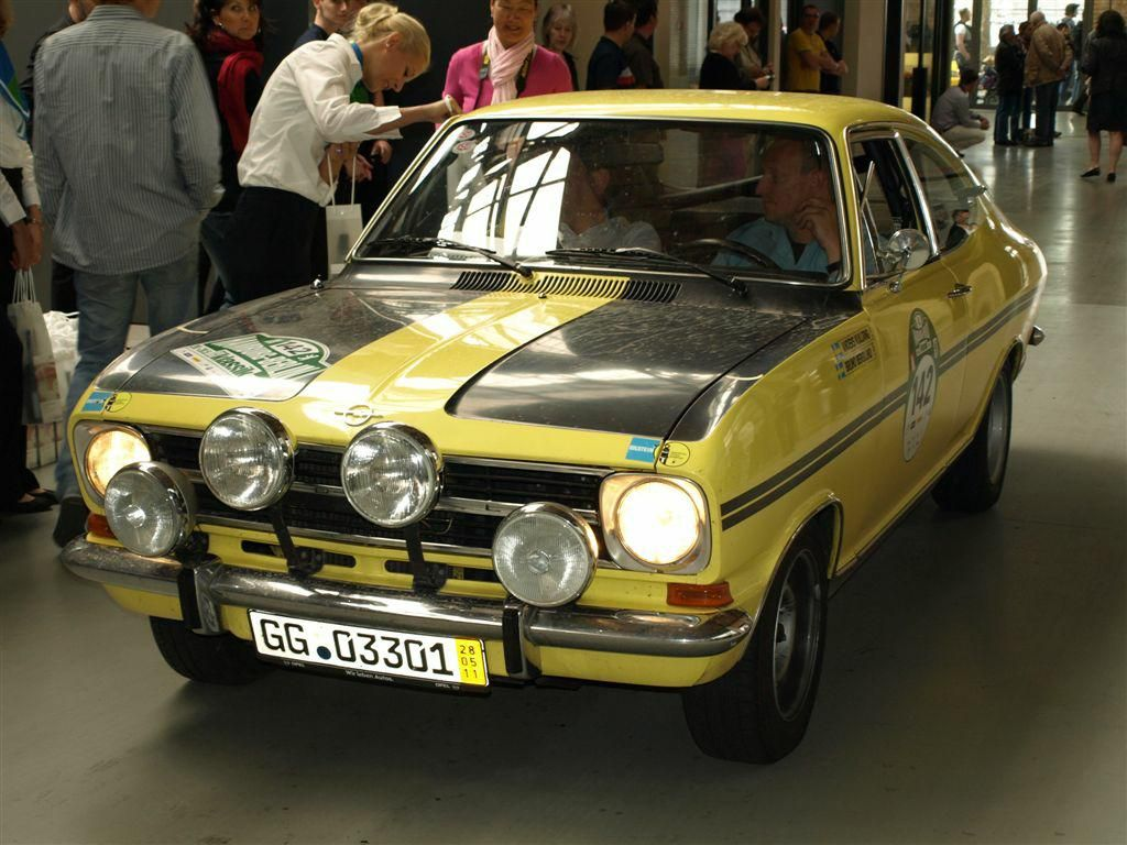 opel kadett rallye coupe opel pinterest oldtimer autos autos und oldtimer. Black Bedroom Furniture Sets. Home Design Ideas