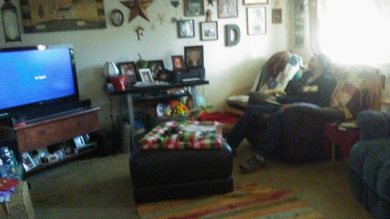 My living room knocks people out!