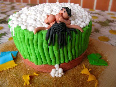 Aprendiendo a cocinar cupcakes y más .... Tartas picantes para despedidas de soltera/o genial!!