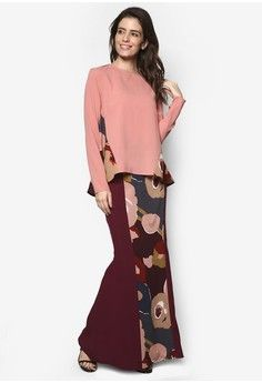 Two Become Fun Baju Kurung Moden from Zolace in red and pink_1