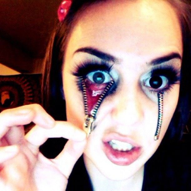 Halloween makeup by moi! Gorky makeup. Unzipped eye. Zipper eye ...