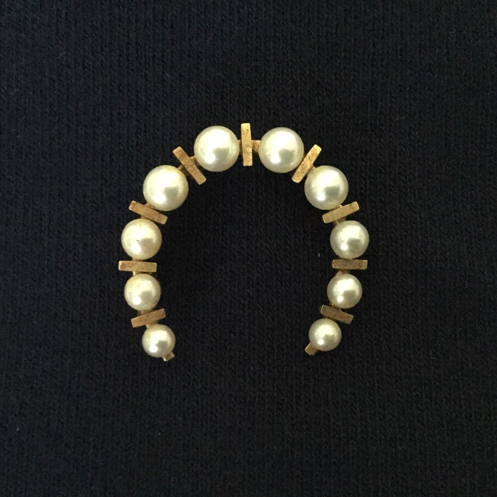 SALE VINTAGE 14K GOLD CULTURED PEARL HORSESHOE PIN/GRADUATED PEARLS/BEAUTIFUL!