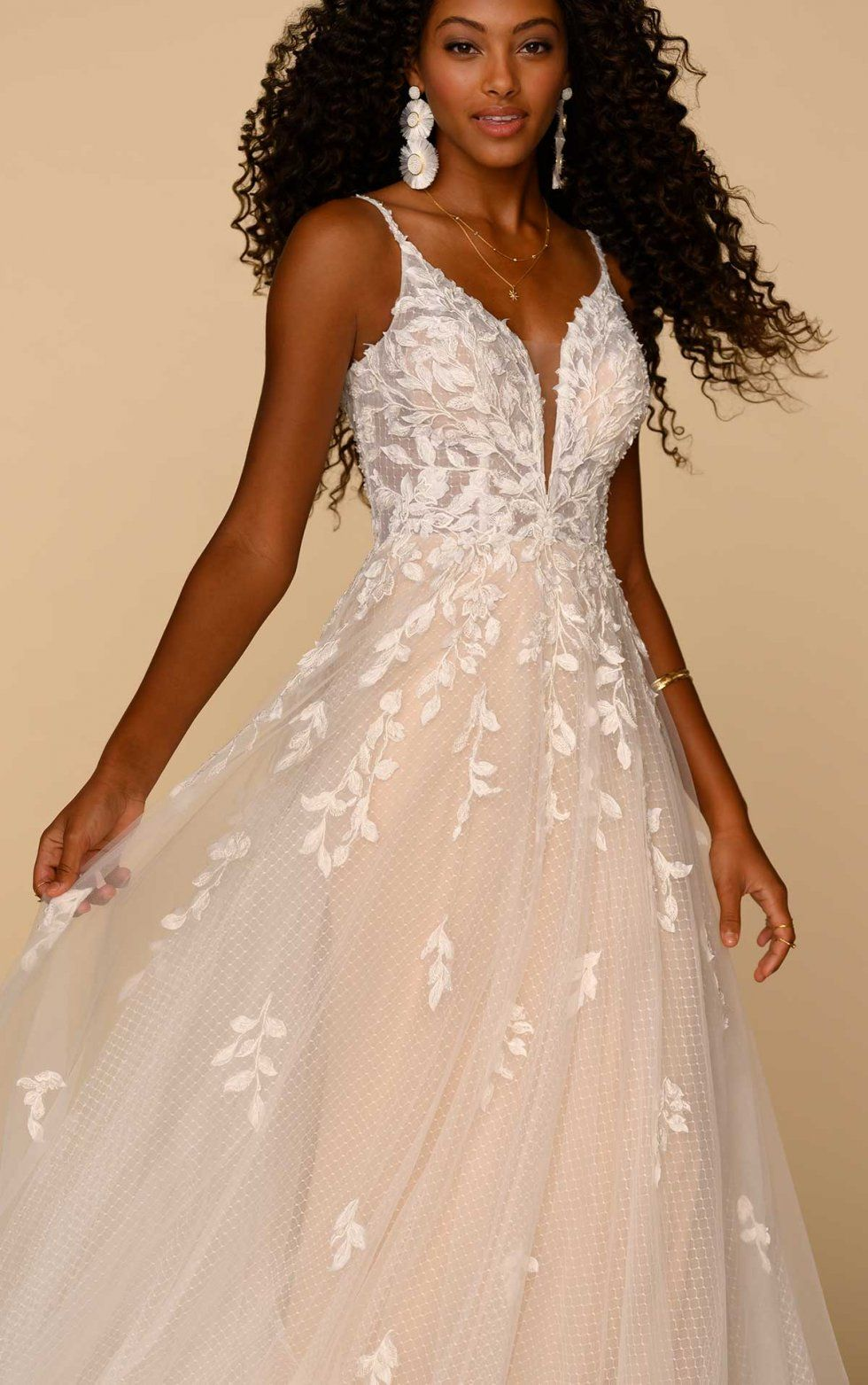 Tulle And Leaf Lace Wedding Dress All Who Wander Wedding