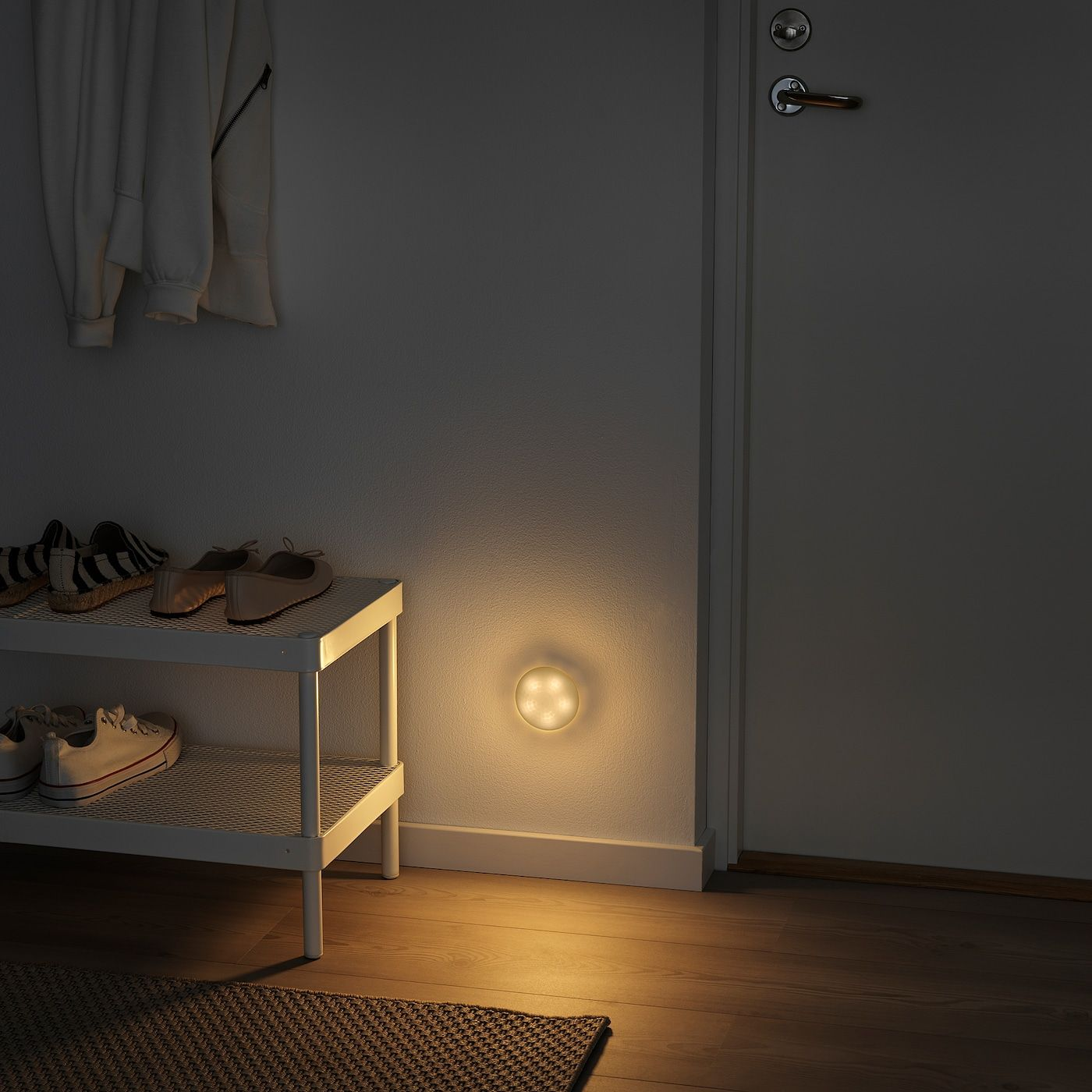 Molgan Leuchte Led Weiss Batteriebetrieben Ikea Osterreich In 2020 Led Led Leuchten Led Leuchtmittel