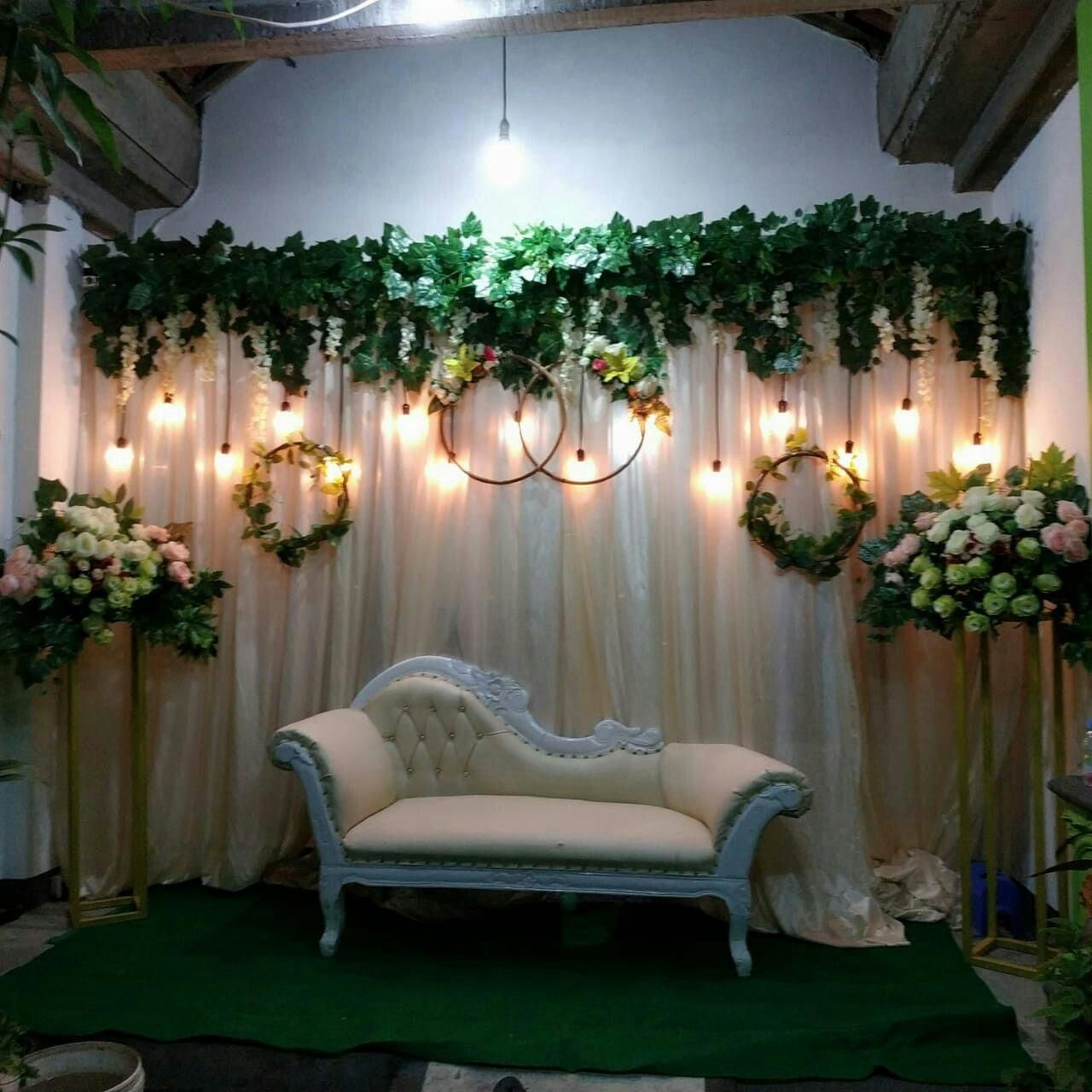 A Must Try Rustic Chic Wedding Tips So Kindly Get These Simple Eye Pleasing Wedding Inspiration Pi Tempat Pernikahan Latar Belakang Pernikahan Ide Perkawinan
