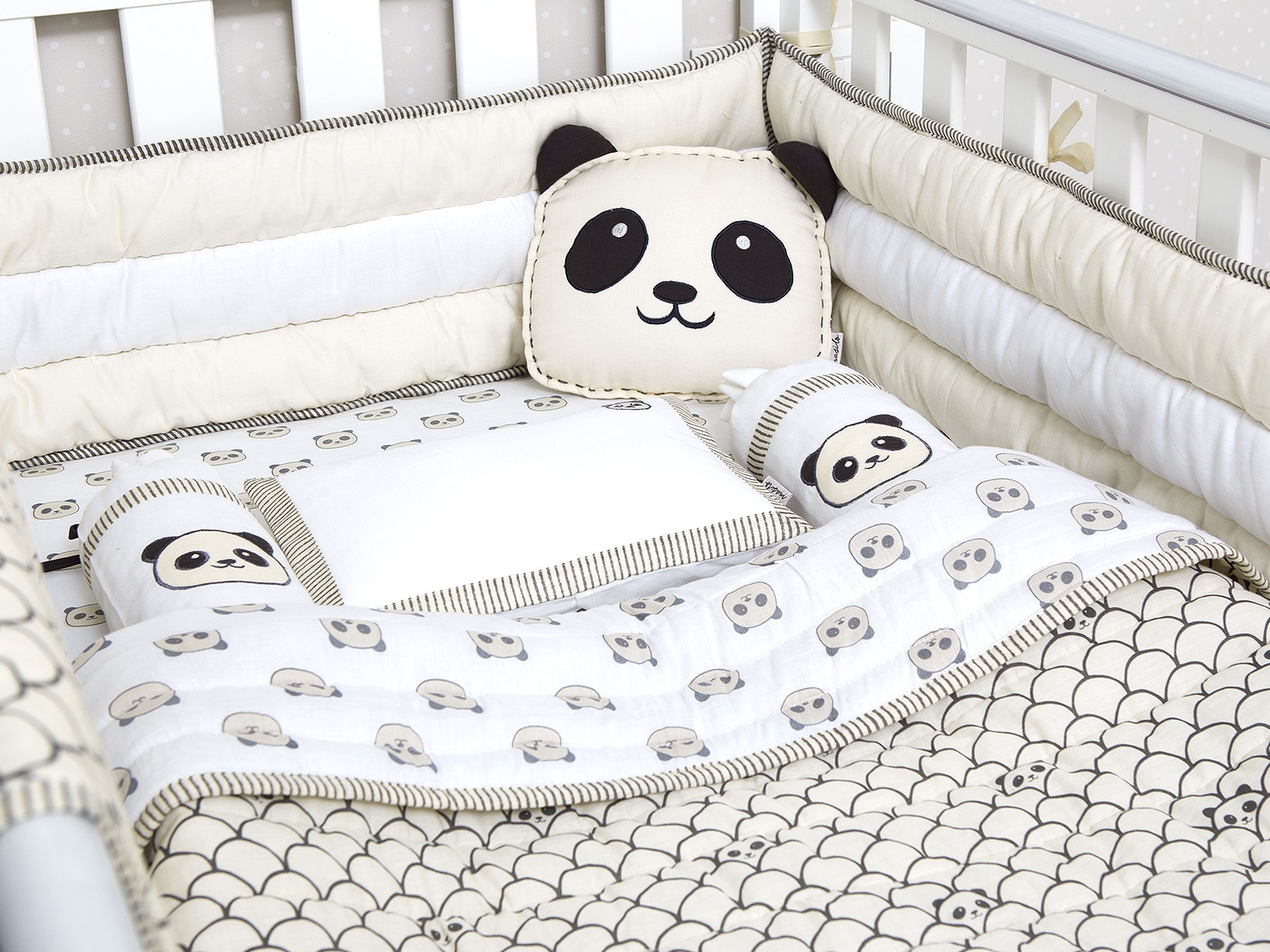 Modern Panda Organic Cot Bedding Set Gender Neutral