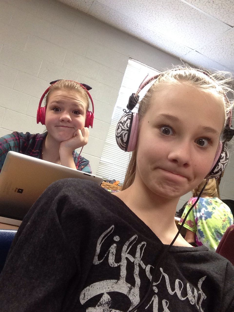That awkward moment when u get photo bombed while taking a selfie in class