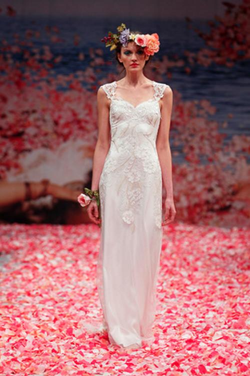 Vestido de novia sencillo y con estilo bohemio - Foto Claire ...