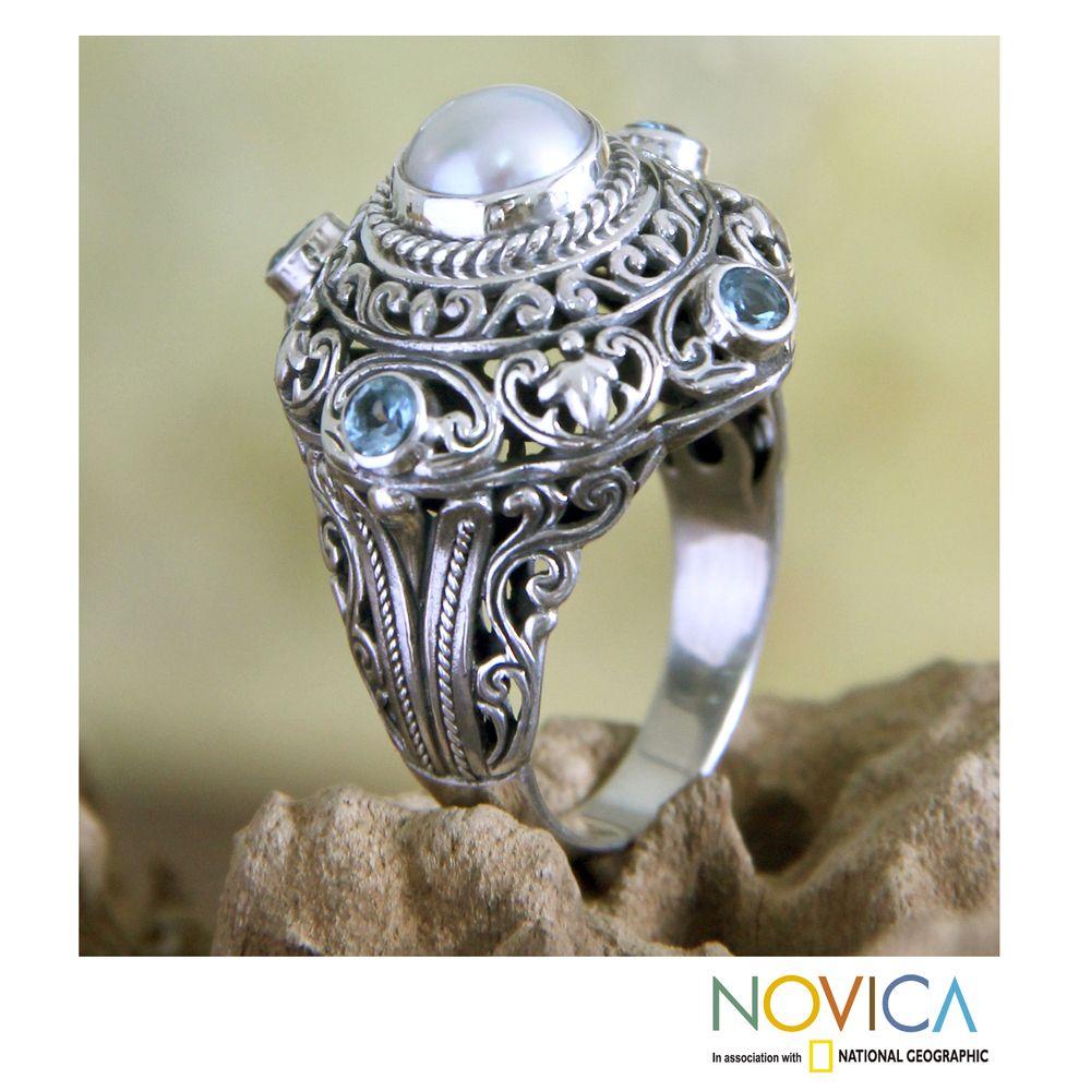Handmade Sterling Silver 'Mahameru' Pearl and Topaz Ring