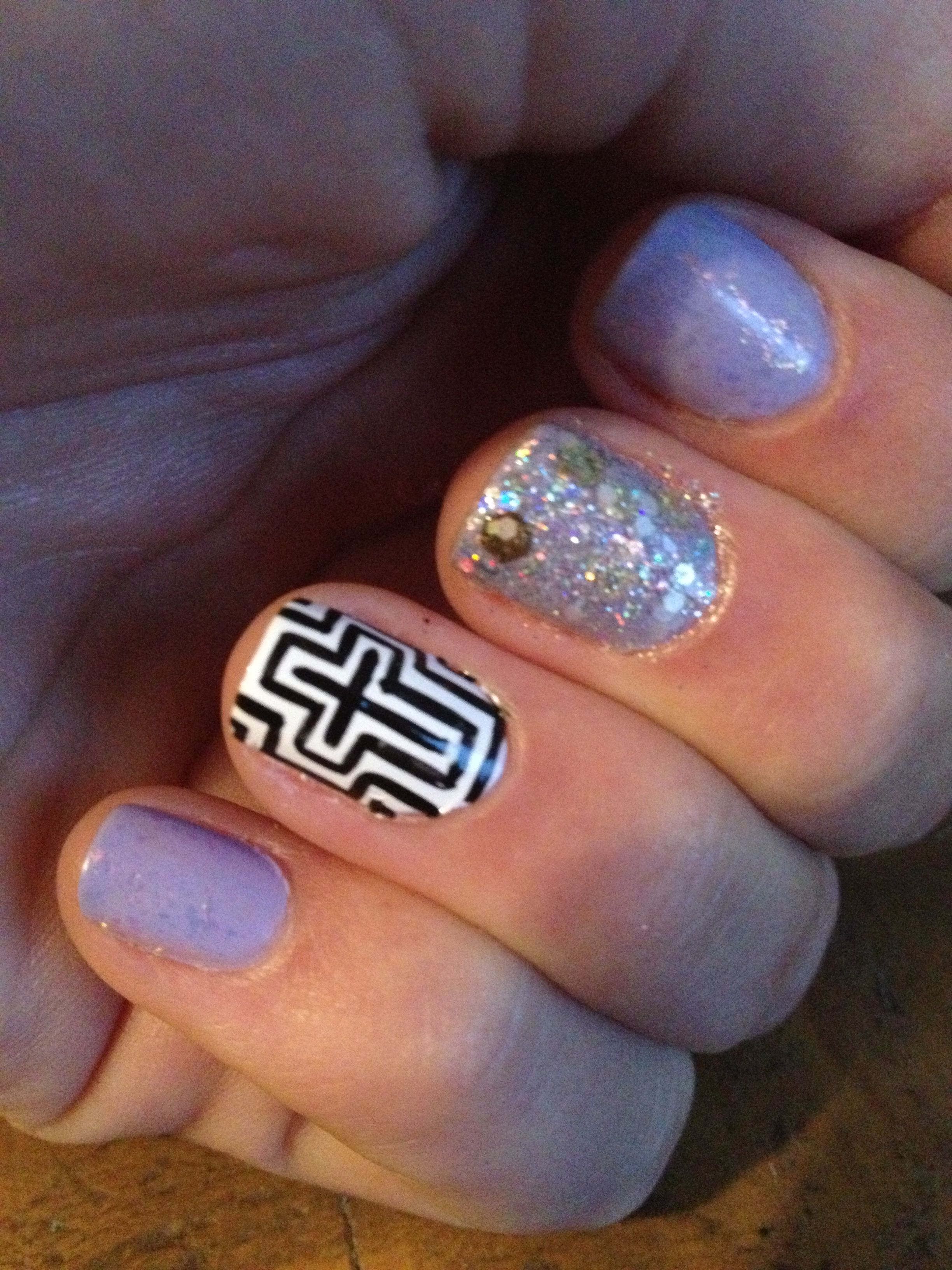 Pretty glitter cross nail design!   Nails   Pinterest   Cross nail ...