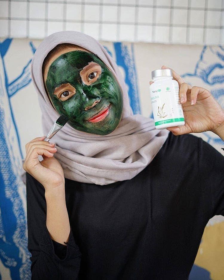 Review Pemakaian Masker Spirulina Untuk Wajah Berjerawat