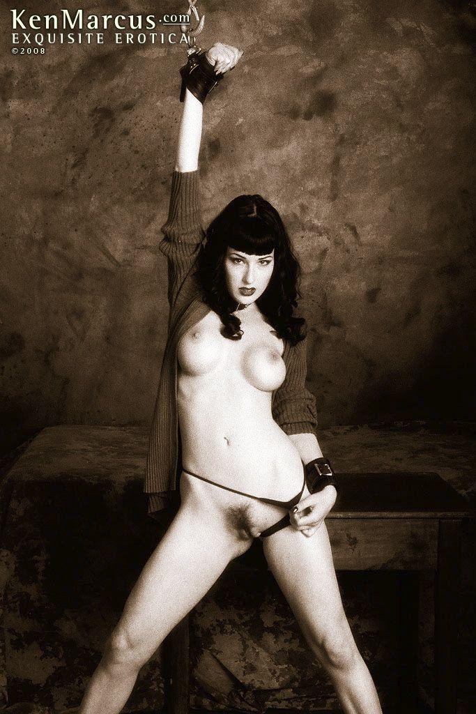 Naked girls on stickam