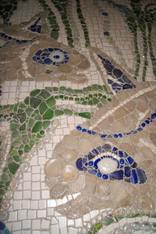 Recycled Powder Room & Creek Glass Floor   Recyclart