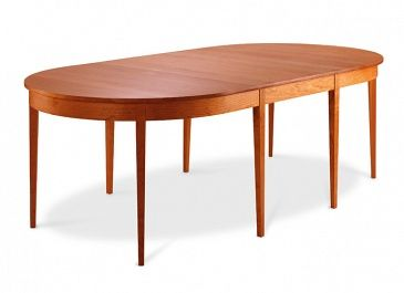 Oval Ring Extension Table With Eight Legs 1