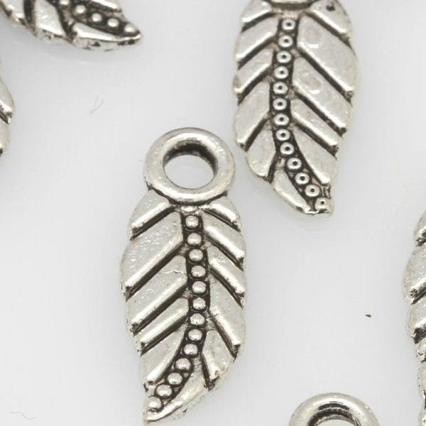 Pack of 10 Tibetan Silver Dolphin charms Sealife 20mm x 17mm