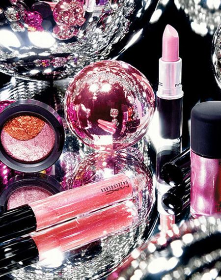 mac cosmetics | The whole line is bright and sparkling. Let's see what the company .