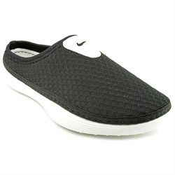 inventar Egoísmo confirmar  Nike Solarsoft Mule Mens Black Mesh Mules Shoes UK 8 (00888507126252) The Nike  Solarsoft Mule Casual Shoes feature a Syntheti… | Mules shoes, Shoes uk,  Casual shoes