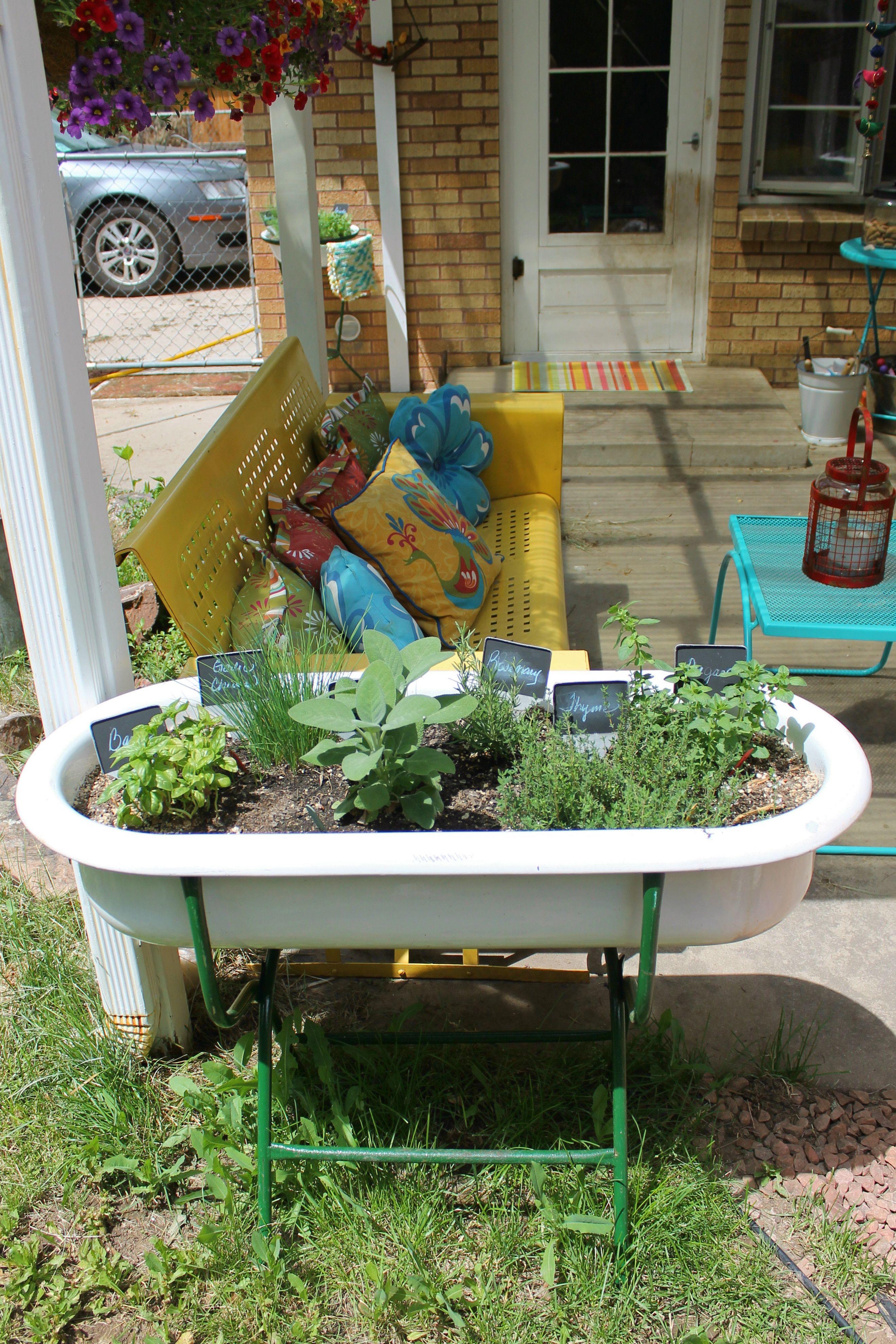 kitchen herb garden container herb garden in kitchen outdoor decor kitchen garden on outdoor kitchen herb garden id=31186
