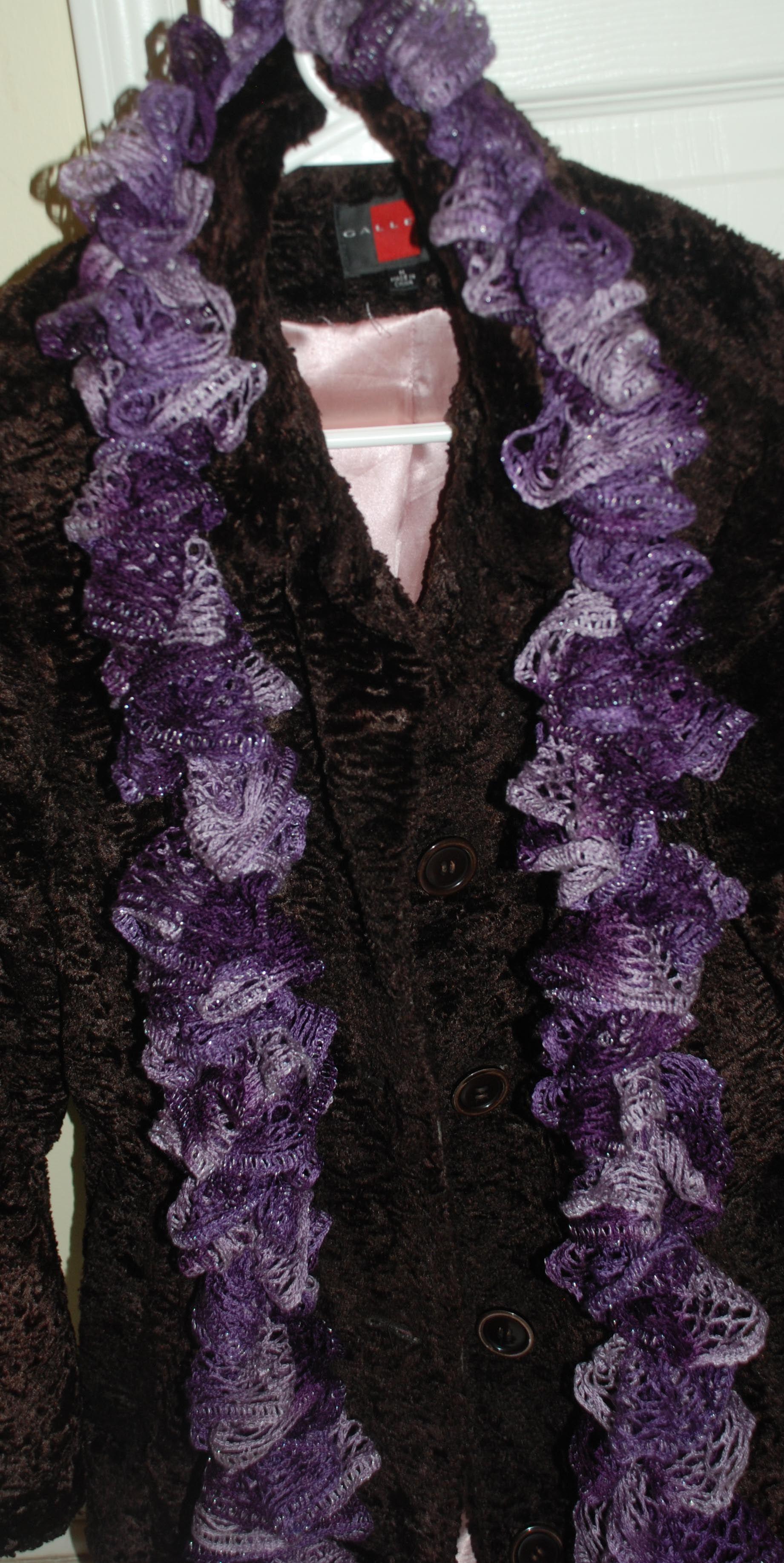 free sashay yarn scarf pattern, http://amray1976.blogspot.com/2013 ...