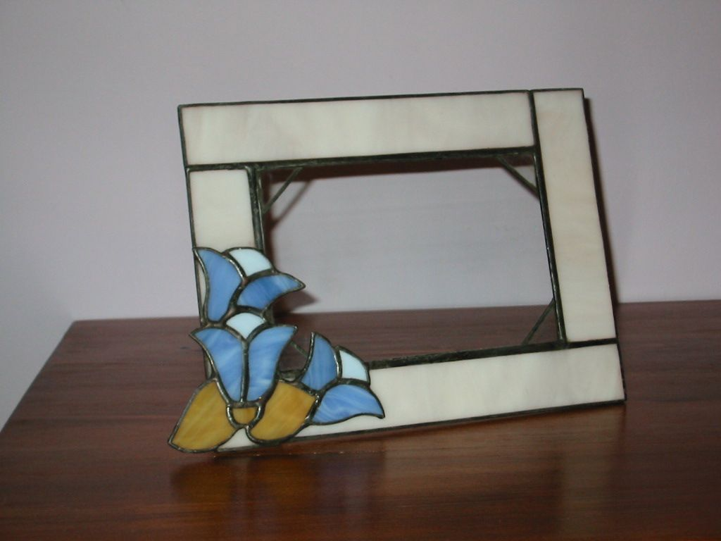 Photo frame with flowers | glass and tiffany/my tiffany | Pinterest