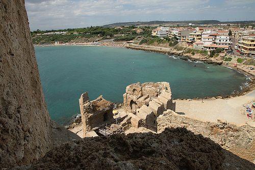 Le Castella Vacanze, Spiagge