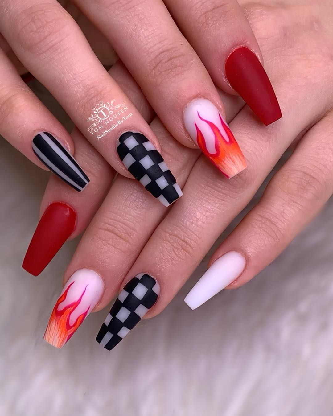 Edgy Nail Look As Requested Leslieleeannn Tag And Share With Your Bestie Edgy Nails Grunge Nails Fire Nails