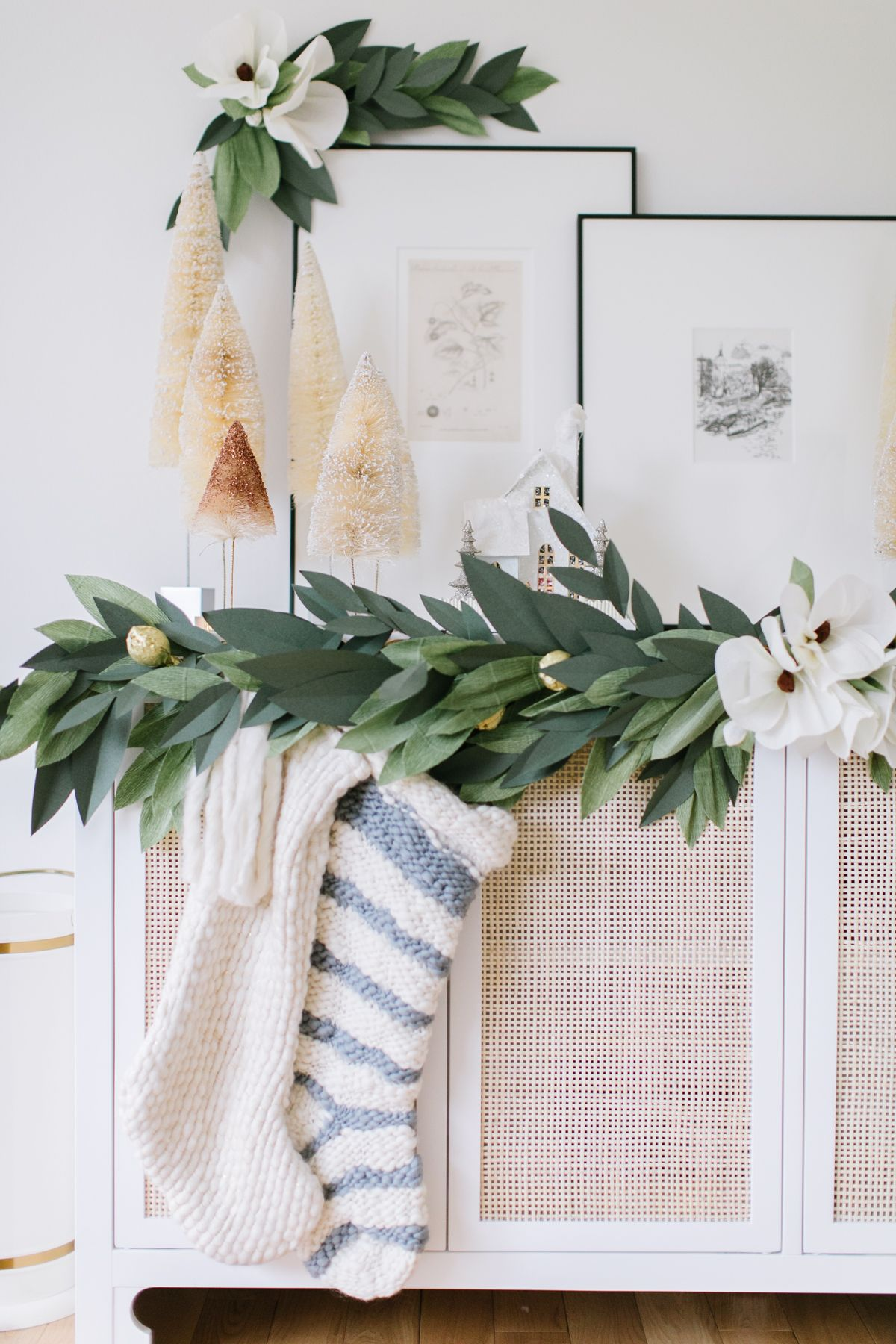 Holiday Paper Garland - Monika Hibbs #magnoliachristmasdecor