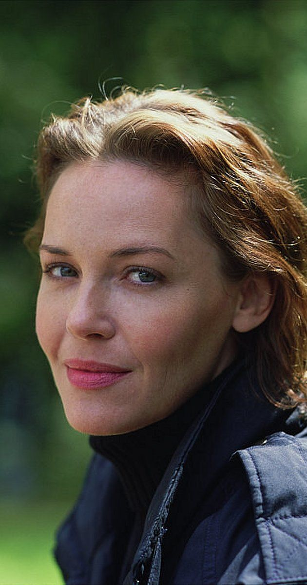 Pictures Photos Of Connie Nielsen Imdb Connie Nielson