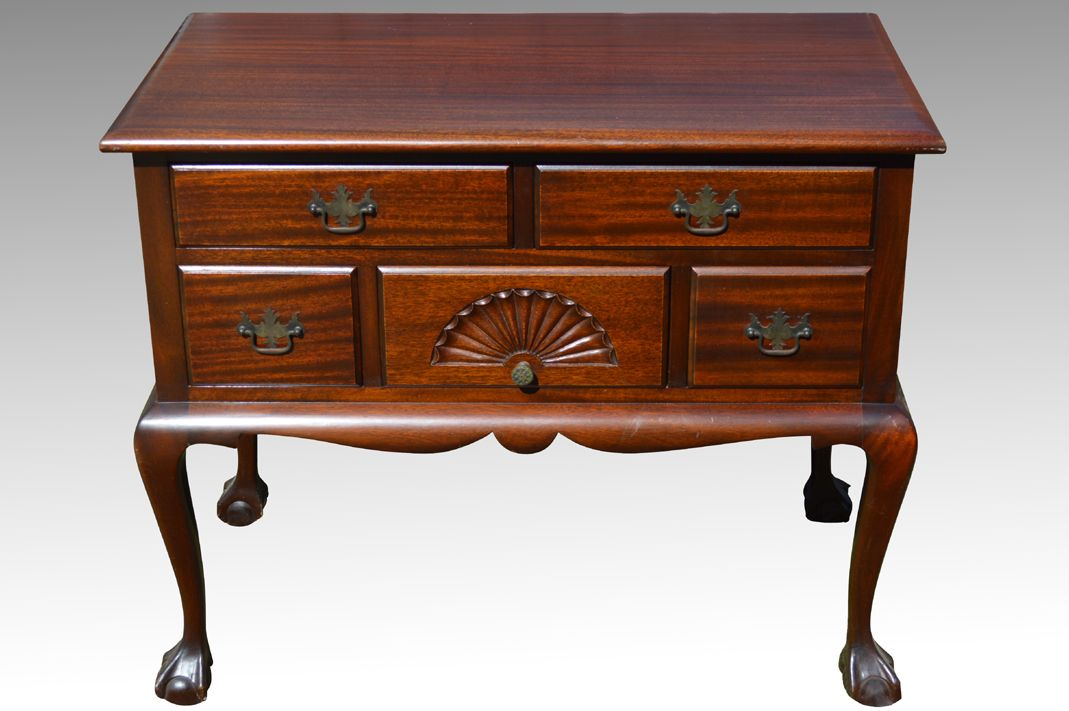 18109 Mahogany Chippendale Ball and Claw Lowboy - Maine Antique Furniture - 18109 Mahogany Chippendale Ball And Claw Lowboy - Maine Antique