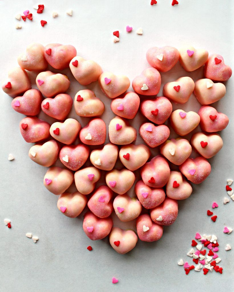 Iced Sugar Cookie Hearts are bite-sized love. Share your love and caring with these sweet, crunchy treats.|themondaybox.com #love #sugarcookies #cookies #valentineday #valentinesday #valentinestreats #valentinesweets #sharethelove