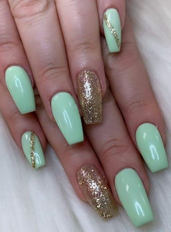 37 Stunning Mint Nails You Must Try Mint Nails Mint Green Nails Green Acrylic Nails