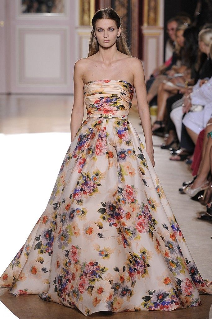 This Zuhair Murad floral gown is the epitome of romance, don\'t you ...