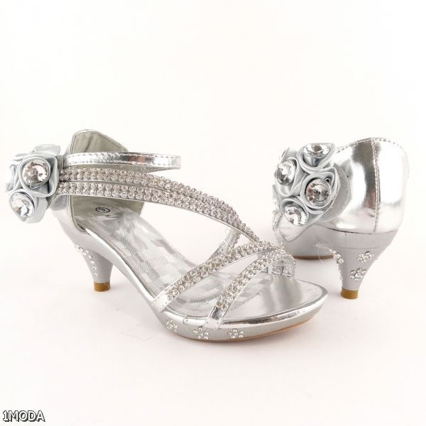 High heels for kids, Kid shoes
