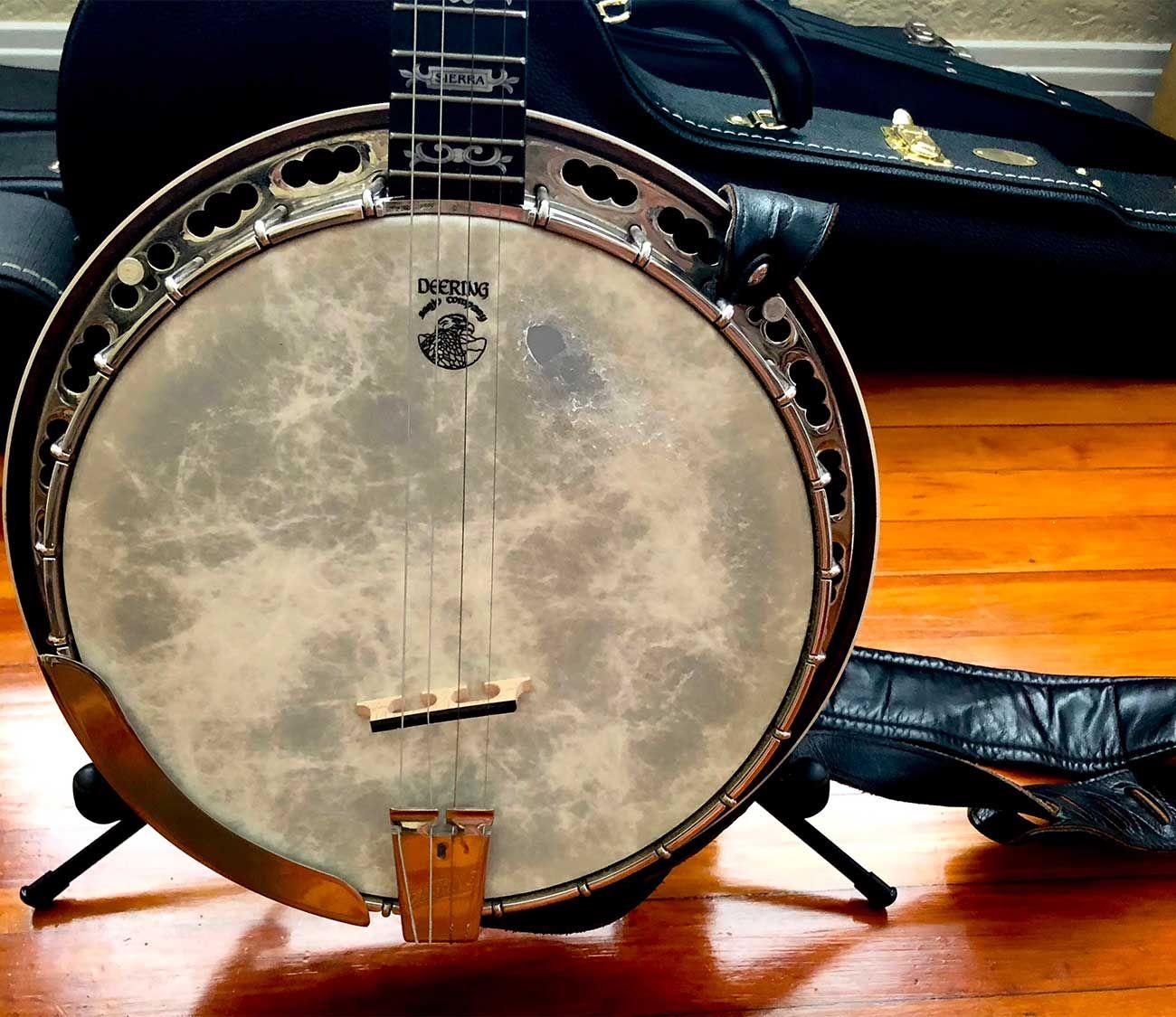 How To Tune A Tenor Banjo To Chicago Tuning In 2020 Banjo Banjo Ukulele Folk Music