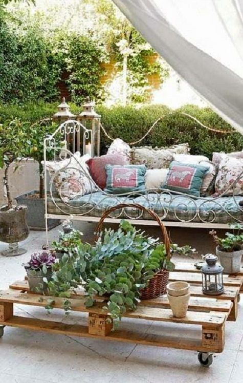 Banquette En Fer Forge Patio Shabby Chic Jardin Style Shabby Chic Idee Amenagement Jardin
