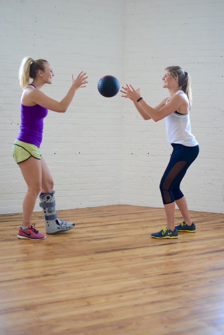 390 reps, abs of steel medicine ball workout | Exercice, Faire de l'exercice