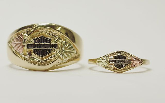 His and hers 10k gold Harley Davidson rings #SmokinJoesJewelry #harleydavidson #gold