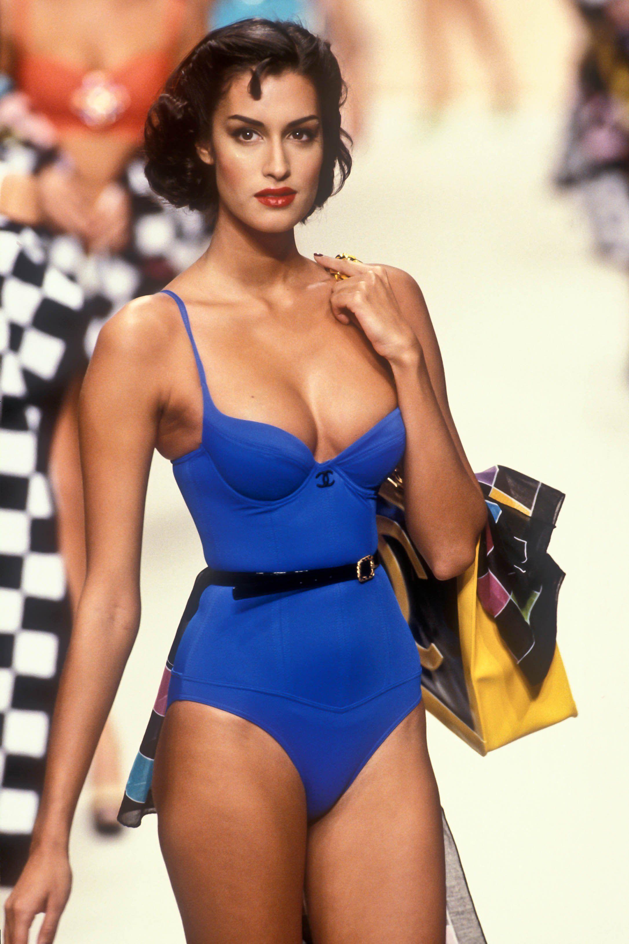 caf9826bd735d Yasmeen Ghauri CHANEL 1995 | Yasmeen Ghauri in 2019 | Fashion ...