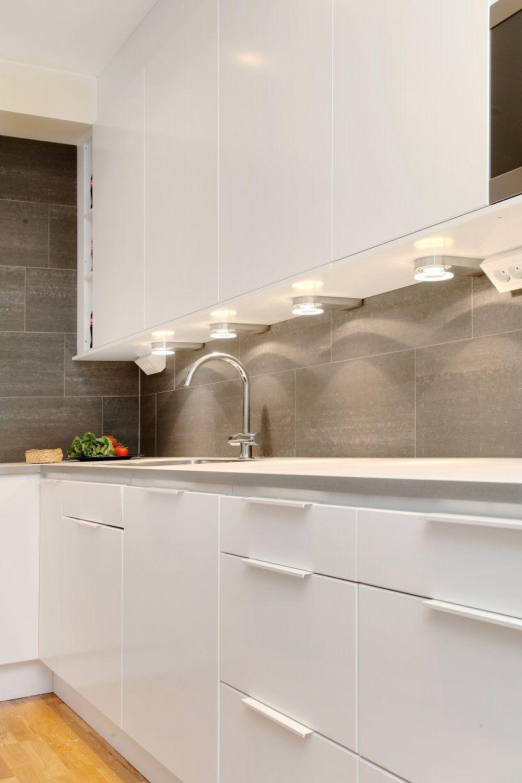 - Snyggt Kakel. Coola Spottar. Kitchen Tile Inspiration, Interior