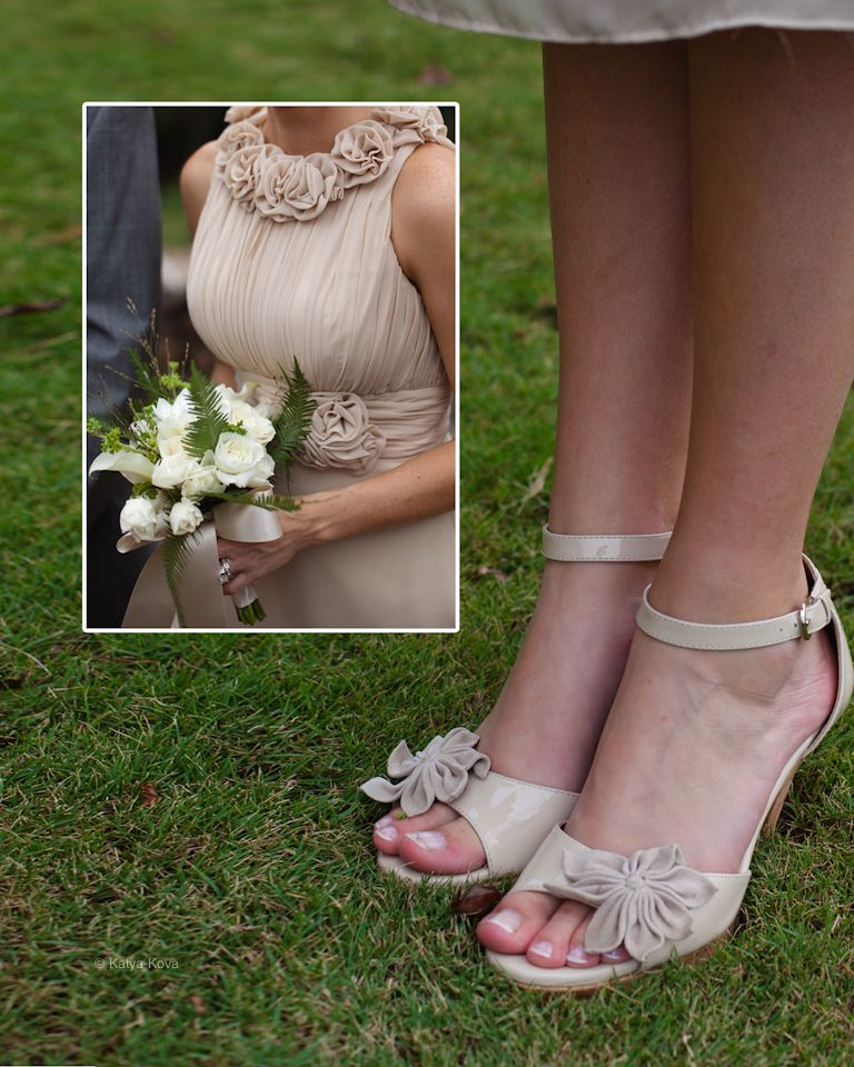 Real wedding #details #bridesmaids #flowers #shoes #flowers