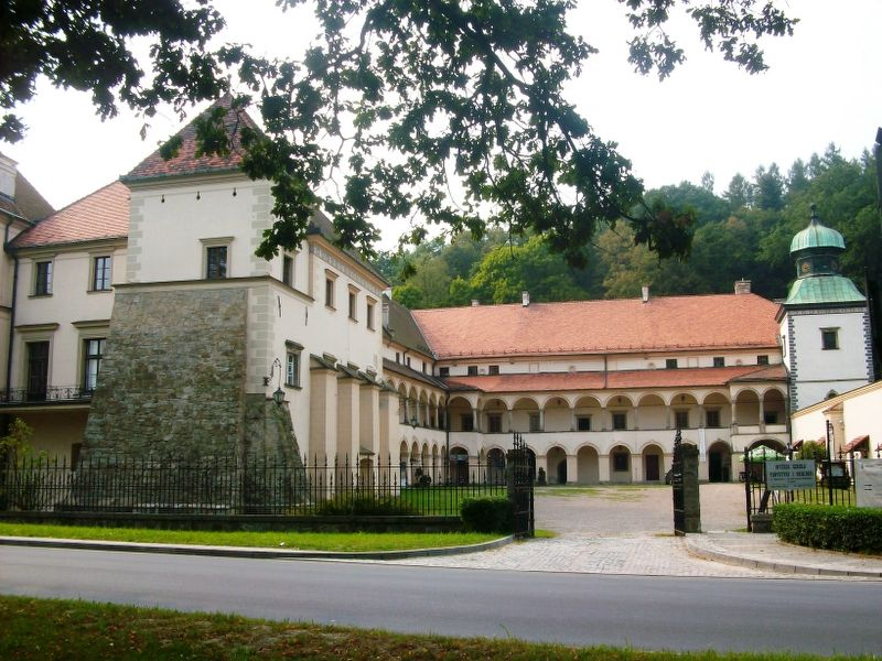 Sucha Beskidzka Zamek House Styles Mansions Manor House
