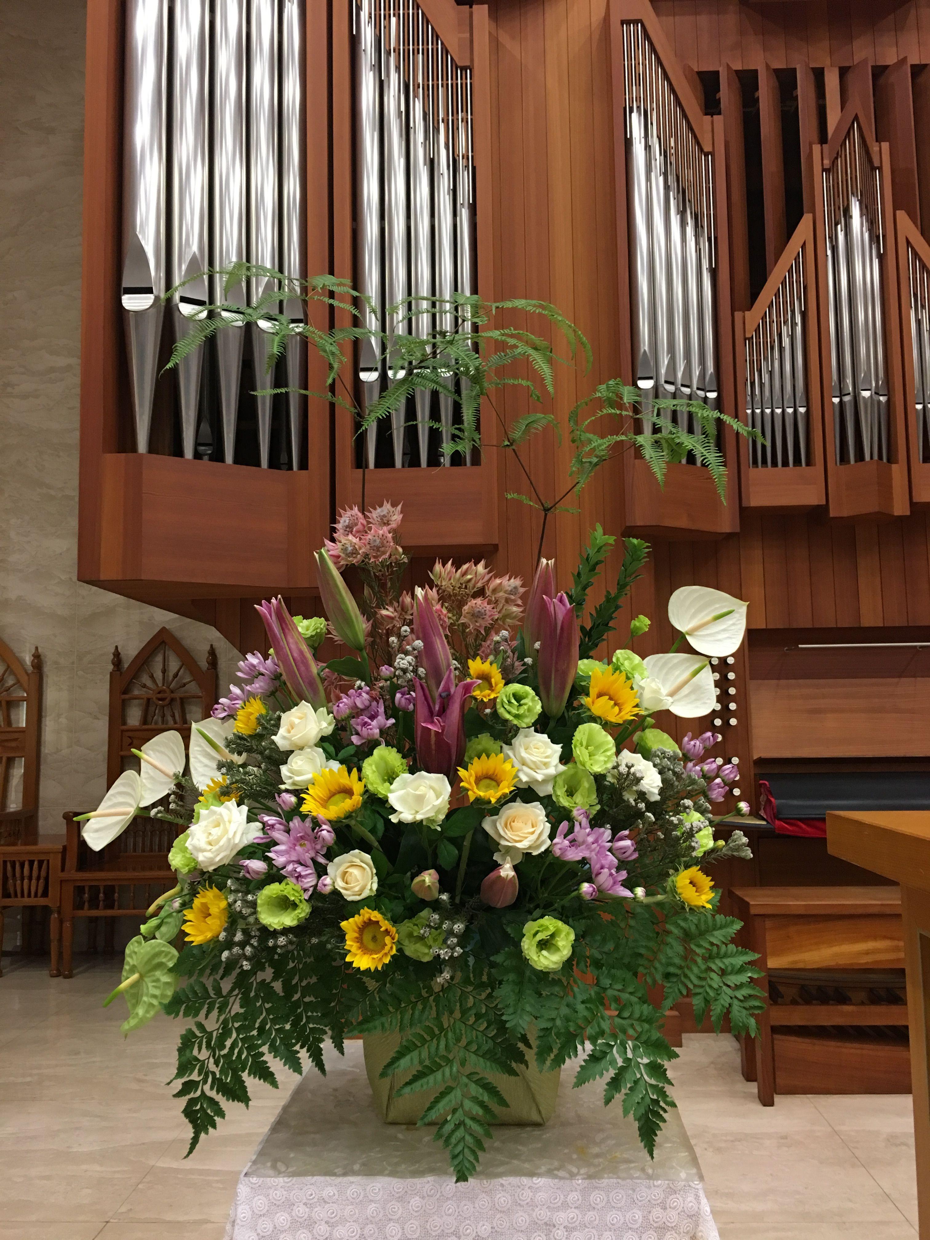 2019.06.23 主日插花 01 Flower arrangements for the church
