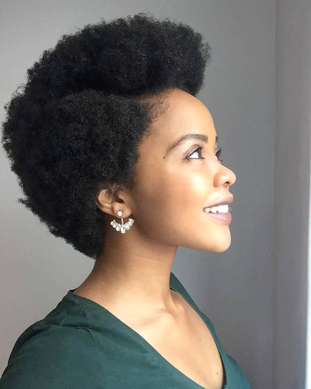 1 274 Likes 17 Comments 39 Esther Tom Game Of Fros On Instagram I Wear My Crown With Pride Short Hair Styles Black Natural Hairstyles Hair Styles