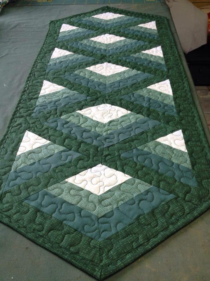 Trilho verso quilting patchwork tischl ufer patchwork patchwork ideen - Patchwork ideen ...
